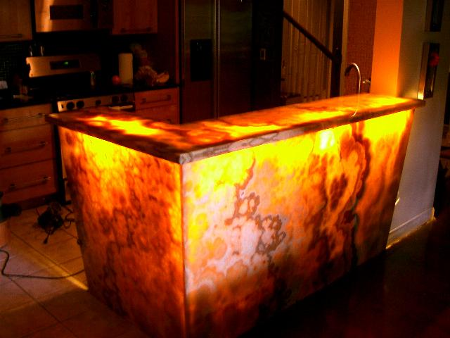 honey-onyx-countertops